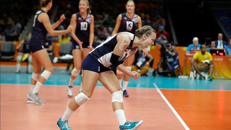 Kayla Banwarth reacts to USA beating Netherlands in second prelim