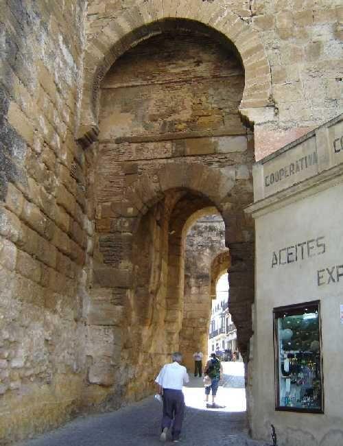 2023 best monumentos de espa a images on pinterest for Puerta de sevilla carmona
