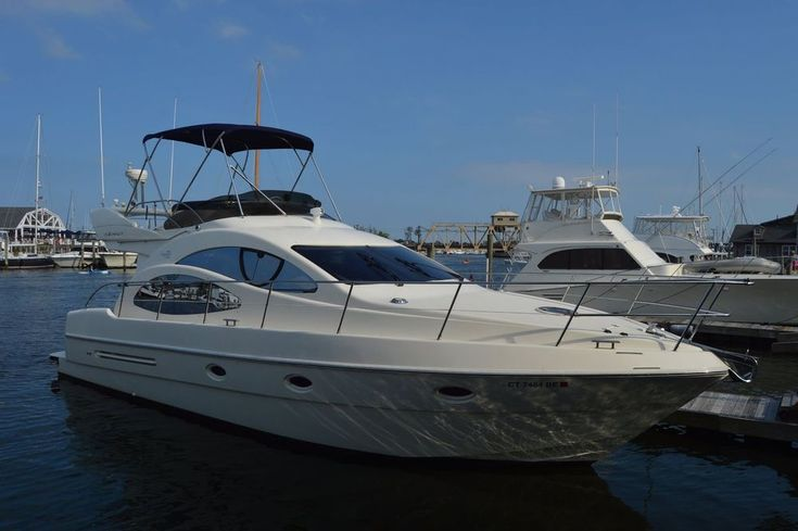 A cruiser for sale 2005 Azimut 42 Cruiser #Powerboats  #Motorboats #Cruisers yachts for sale used boats | yachts for sale sailing | Yachts FOR SALE now |
