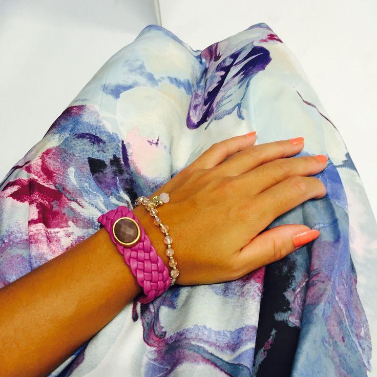 #summer #sunshine #colour #lila #violett #White #flower #rosa #Armband #armcandy #barcelet #Accessoires #nails #neon #Fashion #fashionaddicted #Shopping #outlet #sale #dressforless