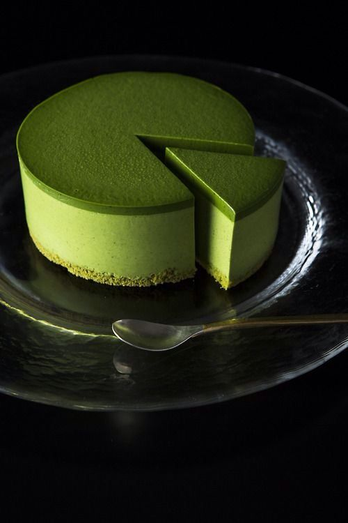 Imagine a pistachio cheesecake like this