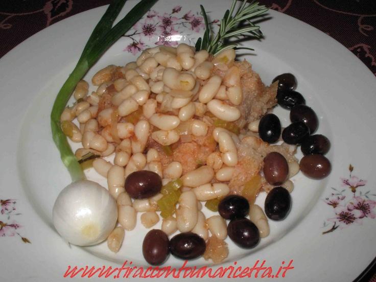 La minestra di fagioli, eccellenza della gastronomia setina, è preparata come la tradizione comanda - Bean soup, Setina excellence of the cuisine is prepared to the tradition