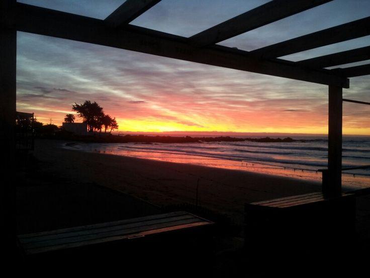 Maravillosa puesta de sol en maitencillo