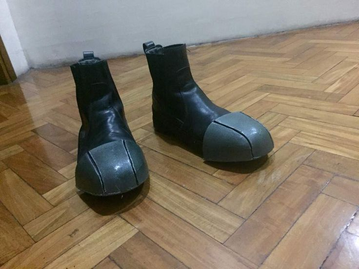 Chat Noir Boot Toes Tutorial