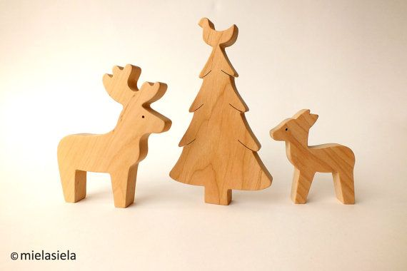 Reindeer fawn and christmas tree Wooden toy por mielasiela