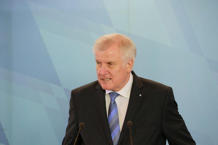 Bundesweit kandidierende CSU laut INSA-Umfrage bei 16 Prozent - http://www.statusquo-news.de/bundesweit-kandidierende-csu-laut-insa-umfrage-bei-16-prozent/