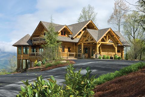 Read about Heaven's Landing in the 2014 Buyer's Guide of Log Cabin Homes by following this link