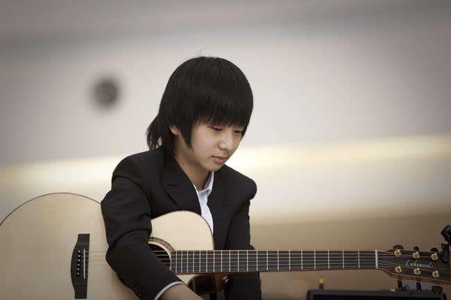 Sungha Jung   (Fingerstyle Guitar)