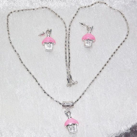 Necklace & Earring Set  Cupcake Pink  FREE UK Post by KasumiCrafts