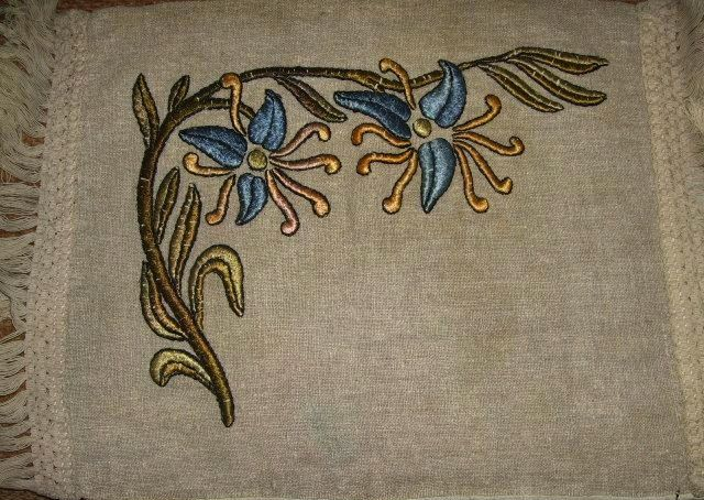 405 Best Arts And Crafts Embroidery And Textiles Images On