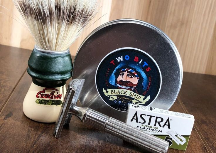 #SOTD #samplesaturday #wetshaving #shavelikegrandpa Razor: Gillette Tech Blade: Astra Green Brush: Semogue 1305 Boar Soap: Black Ship Grooming Two Bits Other: Thirsty Badger lather bowl