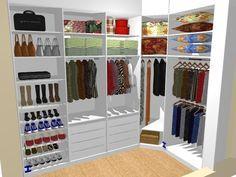 Olá pessoal, Neste projeto do closet eu elaborei com distribuições de cabides para vestidos, casacos, blusas e calças. Gaveteiro com divisó...