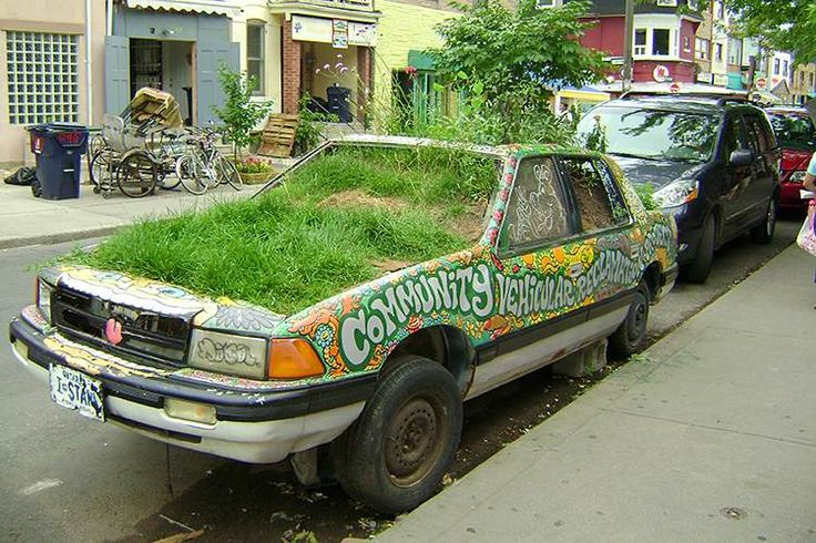 Part of the Community Vehicular Reclamation Project in Kensington Market. Image…