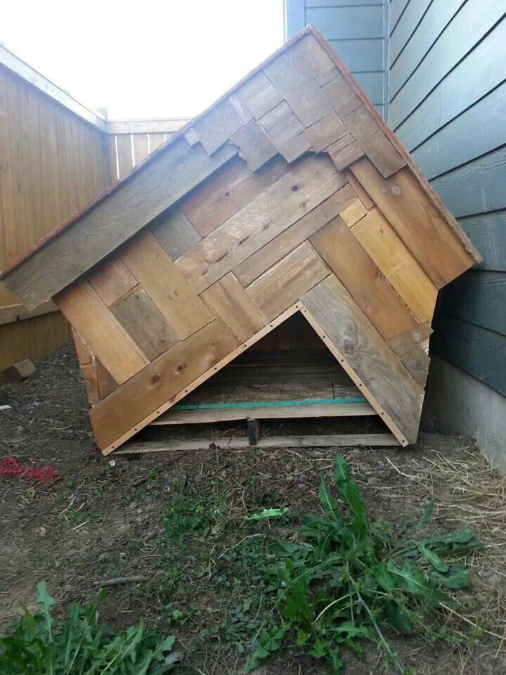 Made this doghouse out of reclaimed wood. The floor is a pallet so it stays