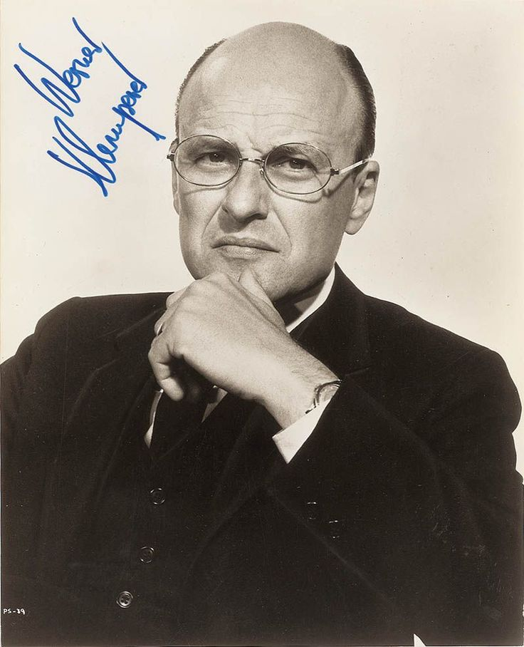 "Actor, T/5 Werner Klemperer US Army (Served 1942-1945) Short Bio: Best remembered as ""Col Klink"" in TV's ""Hogan's Heroes"", German born Klemperer served during WWII in the US Army's Special Services Unit which was led by Maurice Evans. He was stationed in Hawaii spending two years touring the Pacific entertaining the troops."