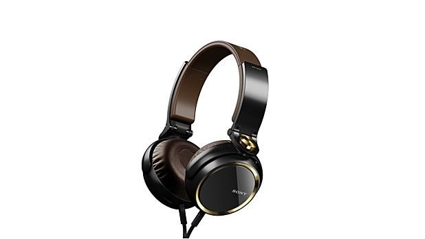 The Best Headphones Under $100 - MensJournal.com