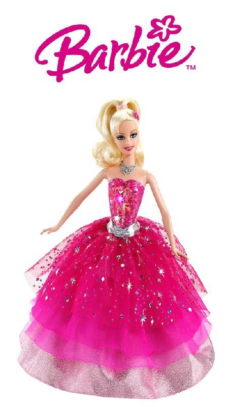 Kislányát nem tudja elszakítani a Barbie babájától az étkezés idejére sem? Megoldás ez a Barbie babát ábrázoló tányéralátét. Barbie mosolyog élethűen...