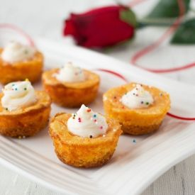 Cute mini carrot cheesecakes. Bite sized pieces perfect for parties ...