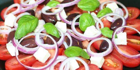 Græsk tomatsalat