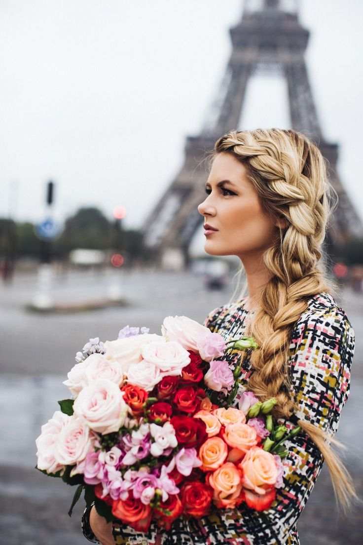 Flowers and braids in Paris