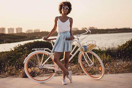Bicicleta de Paseo Fabric City Whitechapel (3 velocidades) https://www.volavelo.com/comprar-bicicleta-paseo/fabric-city/fabric-city-whitechapel.html
