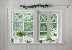 Inred med fönster! Spröjs och hakar som förr i tiden!