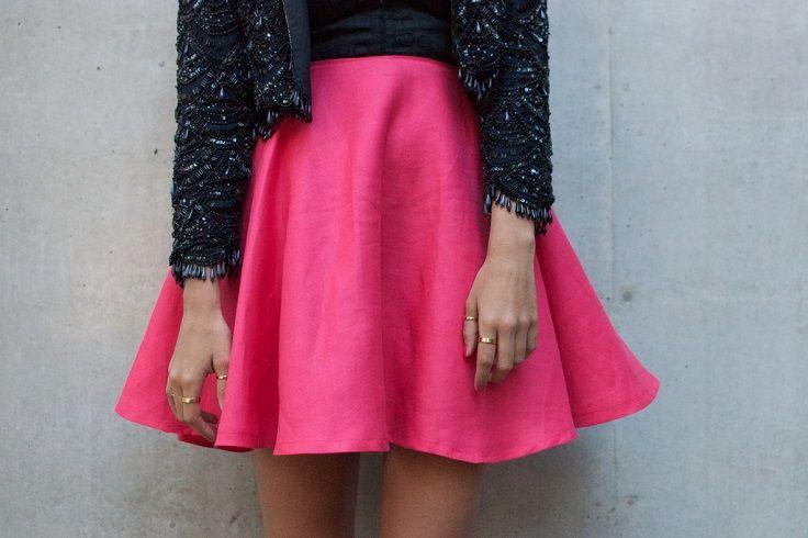 Circle skirt. The website shows top 10 DIY Clothing Tutorials.