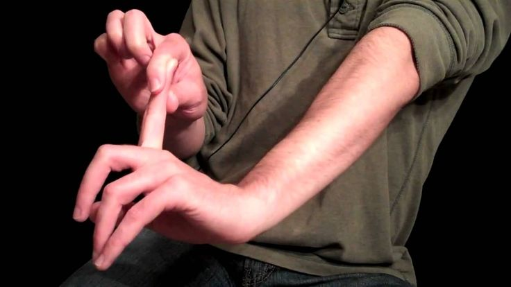Essential Hand Stretches For Guitarists