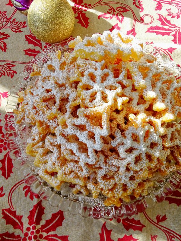 Rosette Christmas Cookies FoodBlogs.com