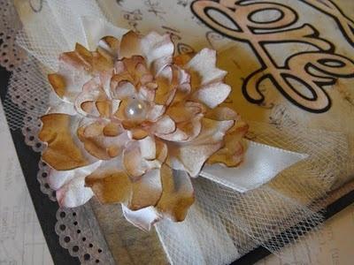 My Craft Spot: Vintage Card with handmade flower