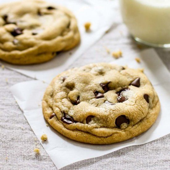 The Best Soft Chocolate Chip Cookies.