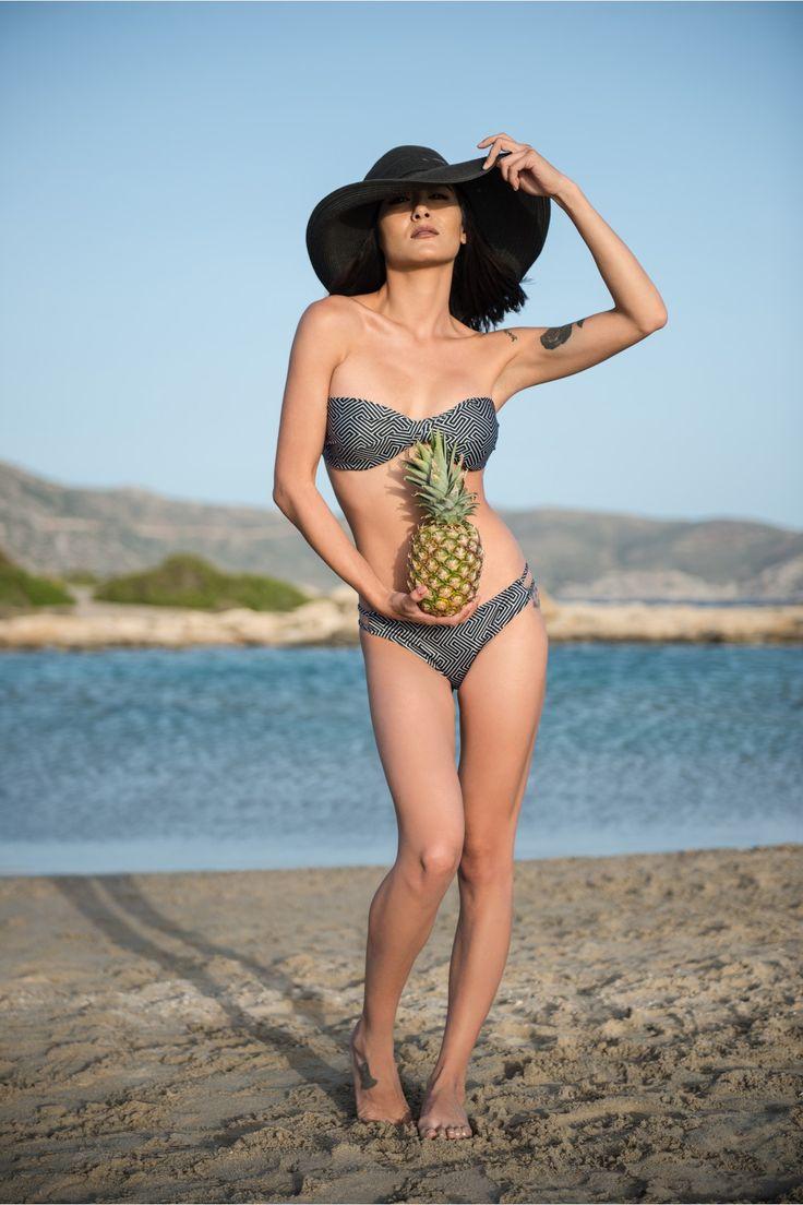 HEARTBEATINK Grecian Black Bandeau Bikini BIKINIS