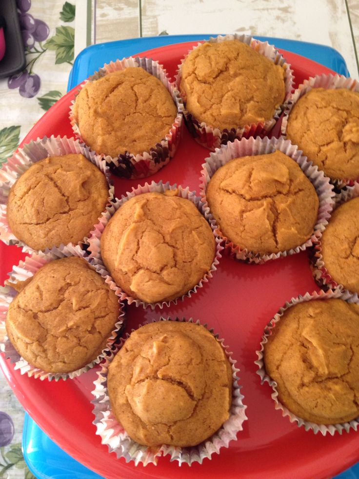 Gluten free yellow cake mix one whole can of pure pumpkin