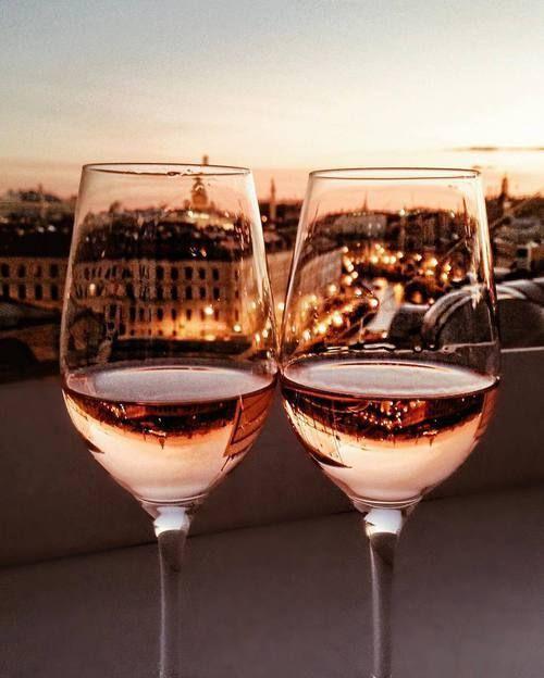 Rosé honeymoon goals.