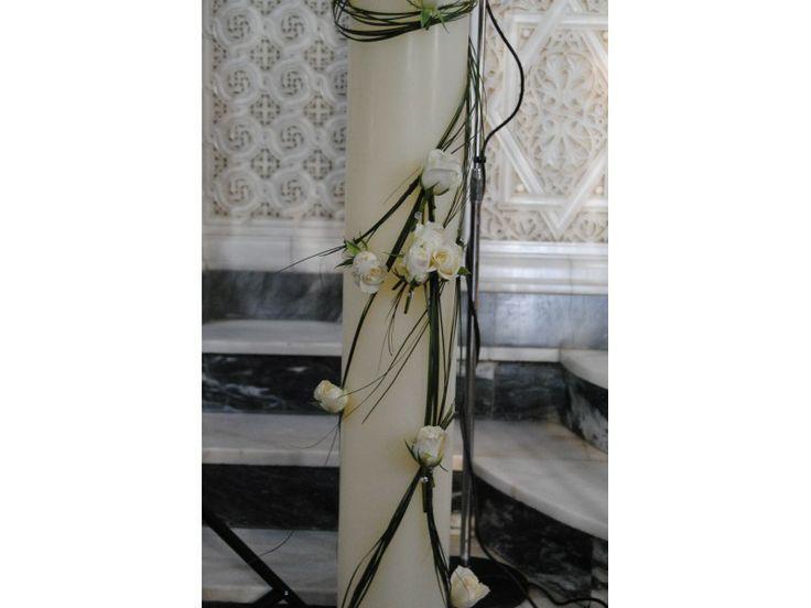 Λευκά τριαντάφυλλα με swarovski