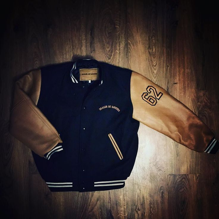 #dealerdesaveurs #wear #blouson #teddy #teddyjacket #teddycollege #paris #streetwear #1962 #62 #drapdelaine #cuir #leather #college #university #fashion #vaporisterie #drapdelaine #jacket #mode #model #vintage
