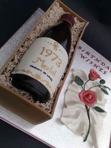 Cake Design Wine Bottle : 25+ Best Ideas about Wine Bottle Cake on Pinterest ...