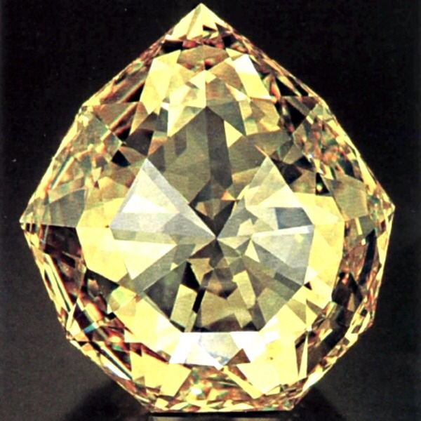 Diamond Florentine ~this indian diamond gives the brightest yellow light. It is one of the eldest diamonds in the world known from the 14th cent.It belonged to Charles The Bold, Duke of Sfotza, Pope Julius II and Medici. Empress Anne Ioanovna has heard about it and wanted to buy it but Russian treasury was empty.  So Anne sent her jester to Duke Gaston of Medici with a proposal to exchange the diamond on 55 thousand Russian soldiers! He refused. The diamond was inherited by Habsburg Empress.