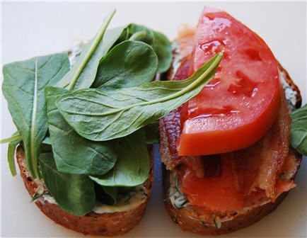 smoked salmon BLT: Bltyummmmmm Wwwfoodnetworkc, Yummy Recipes, Yummy Food, Smoke Salmon, Yummy Tomatoes, Delicious Recipes, Salmon Bltyummmmmm, Tomatoes Sandwiches, Delicious Food