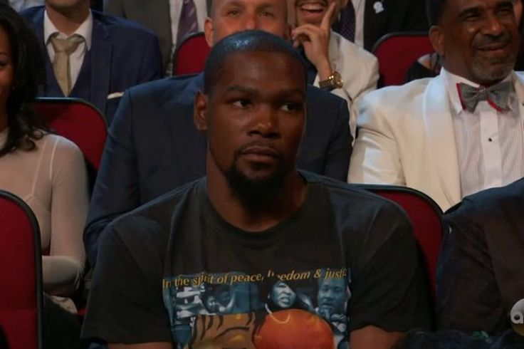 Kevin Durant was not thrilled when Peyton Manning made a joke about him at the ESPYs