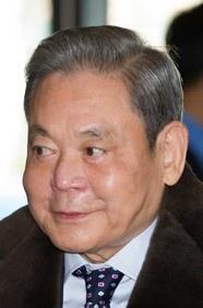 #69: Lee Kun-Hee. Net worth: 12.6 B. Industry: Diversified holdings.