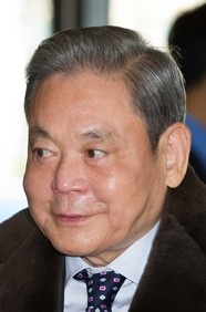 #69: Lee Kun-Hee. Net worth: 12.6 B. Industry: Diversified holdings.
