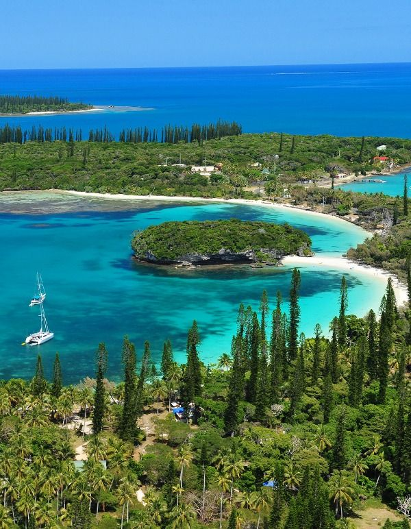 In love with the Isle of Pines. I just can't get enough of her!  http://suitcasesandsunsets.com/new-caledonia.html