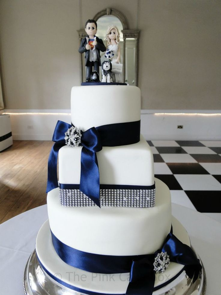 blue white and silver wedding cakes 1000 ideas about grey wedding cakes on 12025
