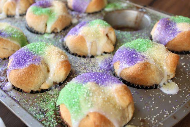 Crave. Indulge. Satisfy.: Mardi Gras - King Cake Cupcakes