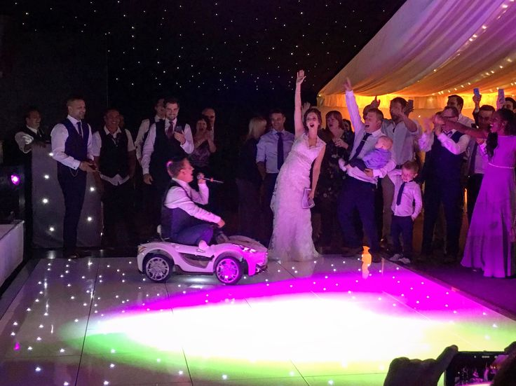 #chippenhampark #weddingreception #clubliveband #rappinggroom