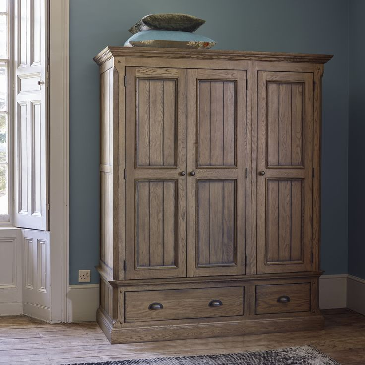 Lovely A Generous Triple Wardrobe In Solid Oak With A Traditional Look. Manor  Houseu0027s Darker