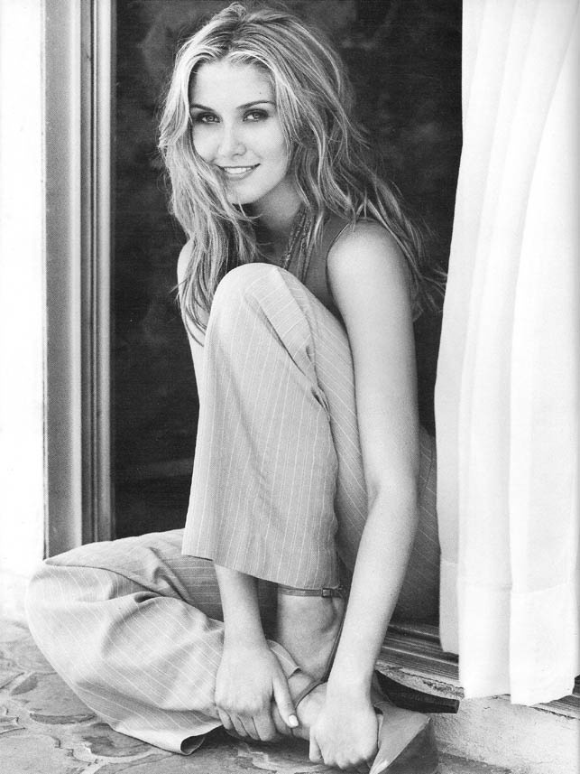 Delta Daily - Delta Goodrem #Australia #celebrities #DeltaGoodrem Australian celebrity Delta Goodrem loves http://www.kangadiscounts.com
