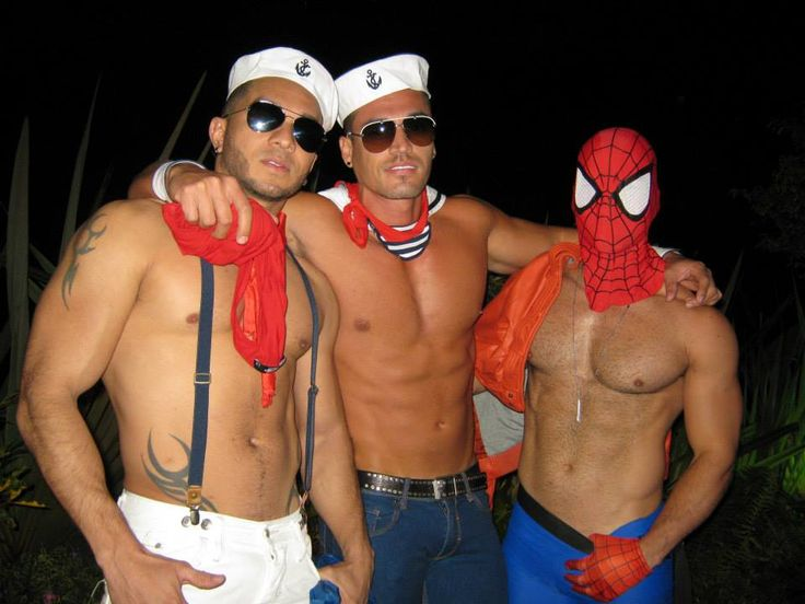 Marineros y Spiderman...ufff!!!