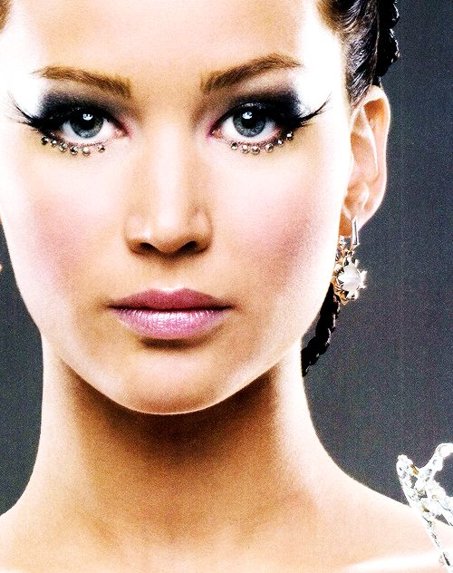 Her makeup is beautiful!
